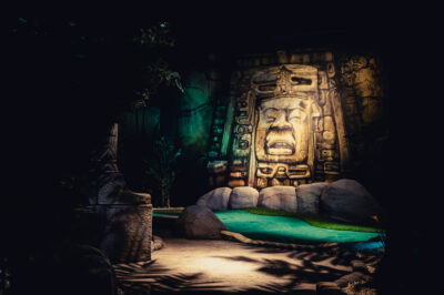 Lost City Adventure Golf Cobra Canyon Feature